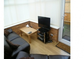 56 Godwin Way, Stoke-on-Trent, Staffordshire, United Kingdom ST4 6JS, 4 Rooms Rooms,House,For Rent,Godwin Way,1011